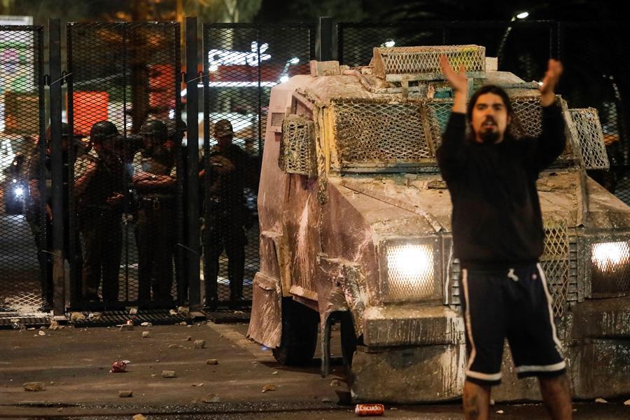Varios policías resultaron heridos