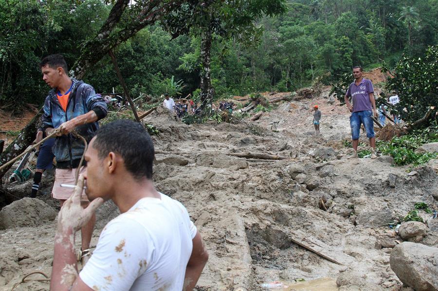 Lluvias en Sao Paulo causan 18 muertos y 30 desaparecidos