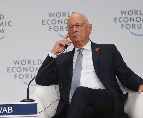 Klaus Schwab (fundador y presidente ejecutivo del Foro)