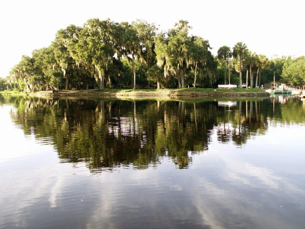 ¿Qué lugares visitar en Florida Central este verano?
