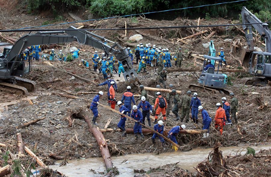 Alerta máxima al sudoeste  de Japón y 45 muertos por torrenciales lluvias