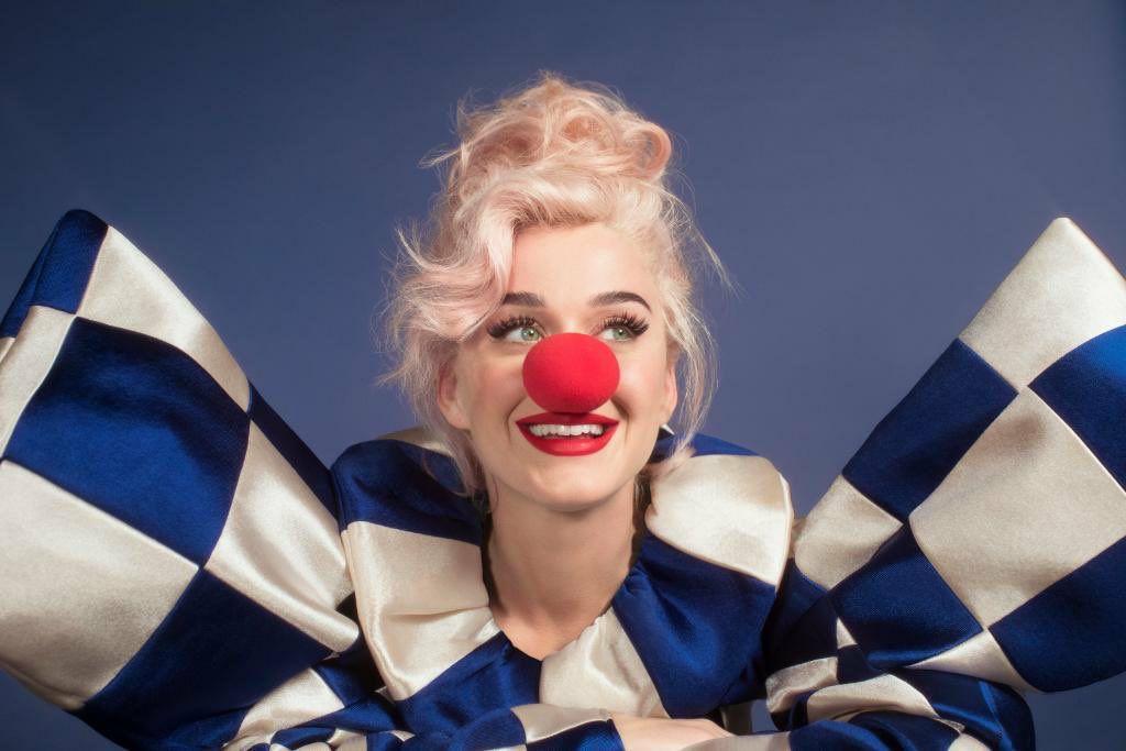 Katy Perry anunció la fecha en que publicará su disco Smile - 15 ...