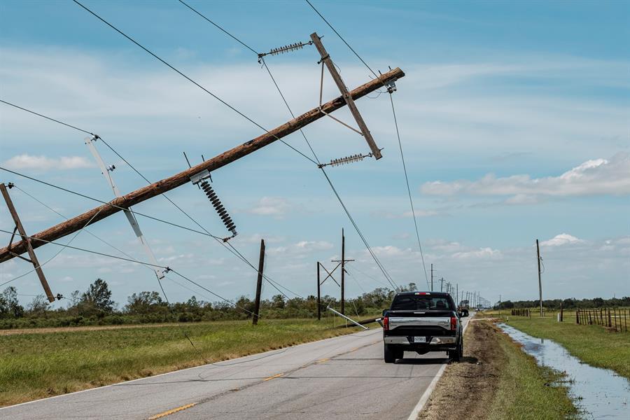 Aumentan a 15 las muertes causadas por el huracán Laura