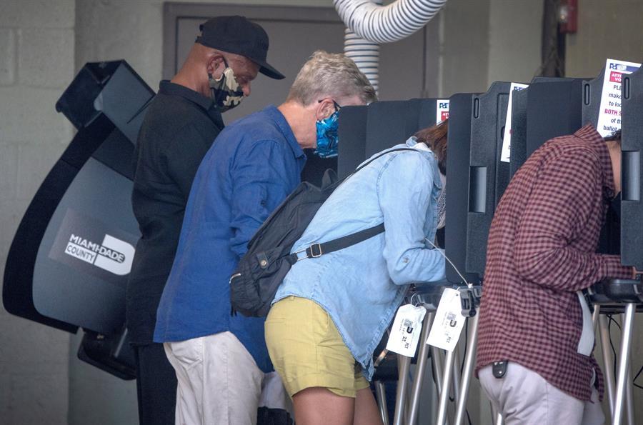 En fotos: Así transcurrieron las primarias en Florida