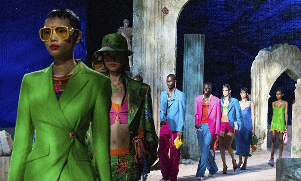 Ashley Graham felicitó a Versace por hacer historia al apostar por la diversidad