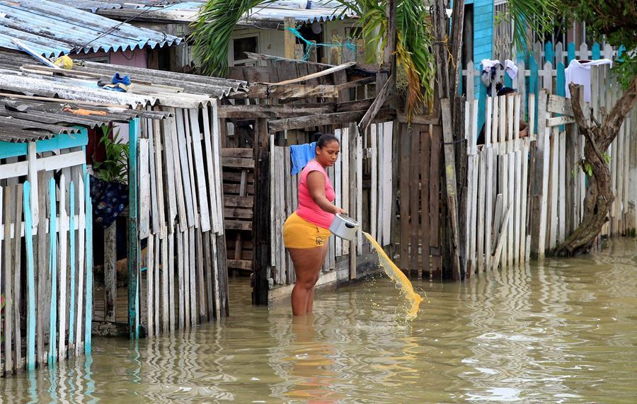 Tras causar desastres en Colombia, huracán Iota se acerca a Centroamérica con categoría 4